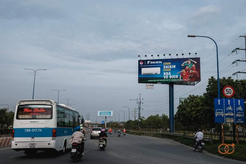 quang-cao-billboard-2